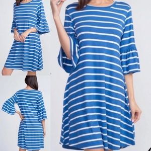 🌴 Summer Clearance🌴 Blue striped Yelete dress